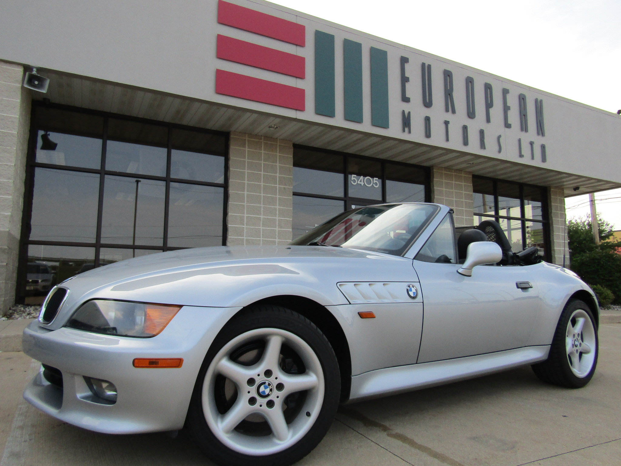 1998 BMW Z3 2.8 Convertible Roadster. Low Miles, 5-Speed Manual